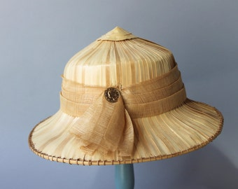 1950s Hat / Vintage 50s Coolie Hat / 1960s Straw Safari Hat