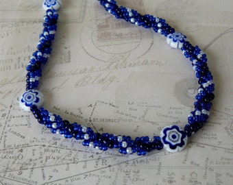 Dark Blue Beaded Necklace, Blue and White Flower Bead Necklace, Spiral Beadwork Jewelry, Beadwoven Jewelry, Bead Weaving