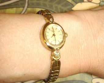 vintage art deco gold TIMEX watch