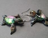 One pair of Sea Turtle Earrings Blown glass seaturtle jewelry