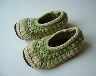 Ready to ship child slippers size 8-9, crochet slippers size 8-9, child size 8-9, crochet galilee slippers, child galilee slippers, galilee