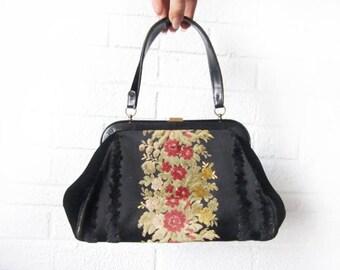 Vintage Black Bienen-Davis Purse - Black Velvet Floral Tapestry Clutch - 1950s 50s Evening Bag - Vintage Old Hollywood Shoulder Bag