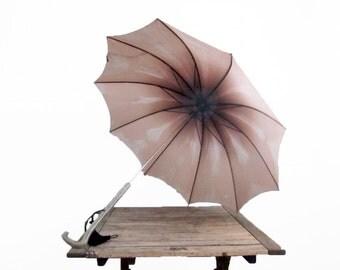Vintage Purple and Pink 1950s Umbrella - Lucite Handle - 50s Ombre Parasol - Walking Stick Umbrella - Art Nouveau Handle Tassel Pale Pink