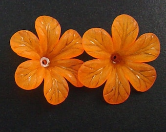 Acrylic Bead 8 Orange Star Daisy Flower 6-Petal Point Frosted 33mm (1022luc33m3-1)