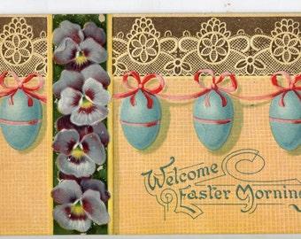 Easter Greetings Banner of Easter Eggs  Embossed Vintage  Postcard  - Carte postale , Easter postcard, vintage Easter