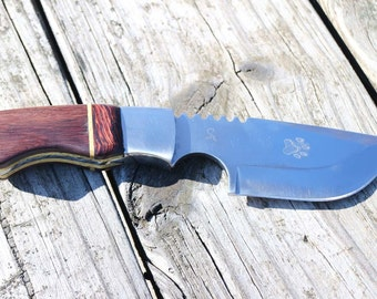 Etched Cougar Paw Print Skinner