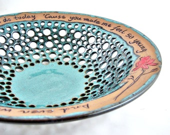 Anniversary gift pottery, 9th Anniversary, wedding gift, handmade pottery fruit bowl, engraved love quote - In stock WB119