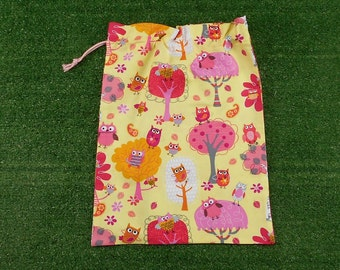 Owl forest yellow drawstring bag, cotton drawstring bag for shoes, toys, gifts