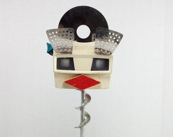 Old lady sculpture art hand crafted view master art decor home and living