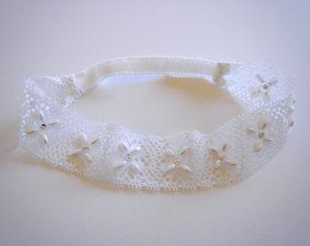 White Garter, Pearl Lace Garter, Pearl Rhinestone Garter, Wedding Garter, Bridal Garter, White Lace Garter, Beaded Garter, Lace Garter