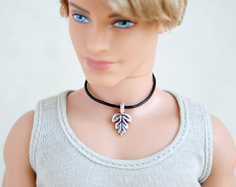Mini Silver Finished Leaf Pendent Collar necklace for Male Doll