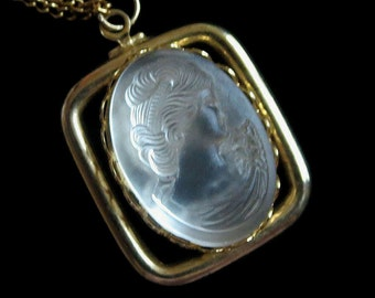 Lady Cameo Pendant Necklace Molded Frosted Glass Vintage