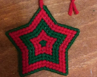 Star Ornament: Green and Red