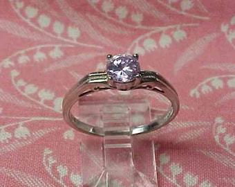 Vintage 925 Light Lavender Stone Sterling Fashion Ring size 7