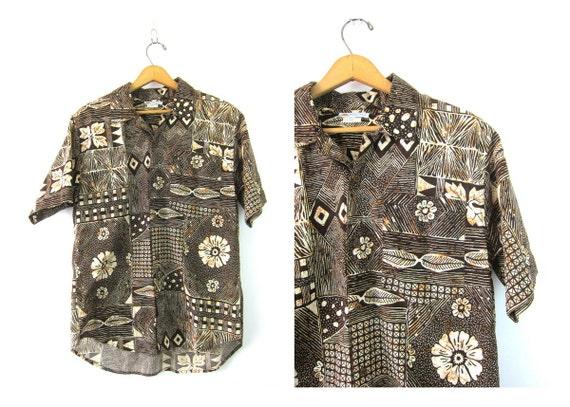 Floral BATIK Shirt Oversized Windjammer Button Up shirt Brown Abstract Hawaiian Pocket Tee Slouchy Beach resort Shirt Vintage Mens Medium