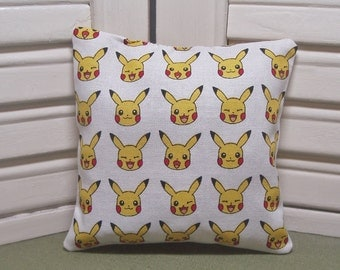 Lavender sachet, Pokemon, put in a backpack or purse to take the fresh scent wherever you go gaming, filled with 100% dried lavender