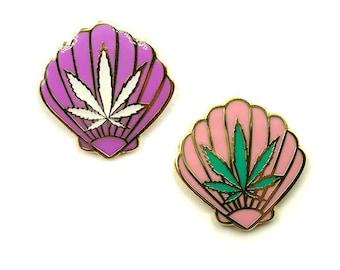 Sea Weed Lapel pin