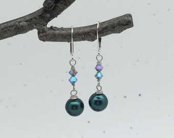 SALE! Sweet Forest Green Freshwater Pearl and Swarovski Crystal Earrings - Pearl and Crystal Earrings - Mothers Day Earrings - Easter