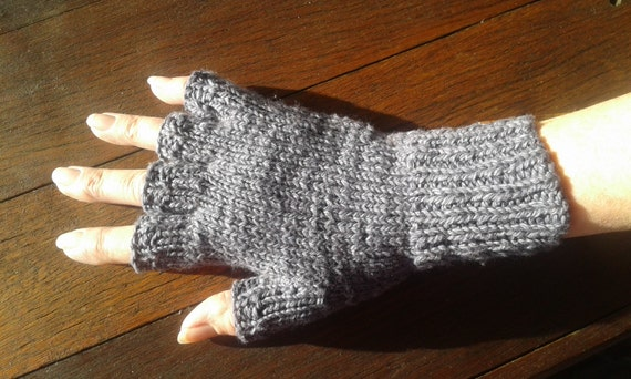 Hand knit sized organic cotton/ bamboo gloves