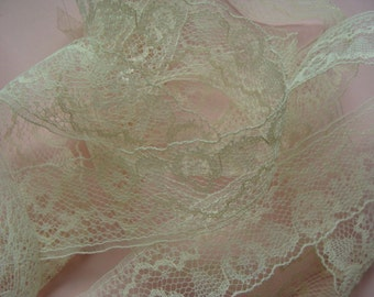 Gorgeous Vintage English Netted Lace