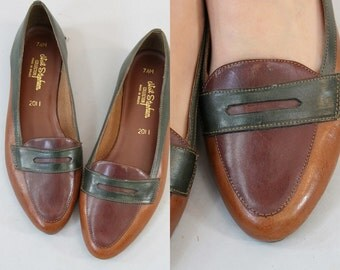 70s Leather Shoes Skimmers 6.5 / 1970s Vintage Flats Colorblock / Aplite Loafers