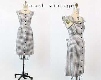 70s Alphabet Cotton Dress Medium / 1970s Vintage Gingham Sundress / The Crossword Dress