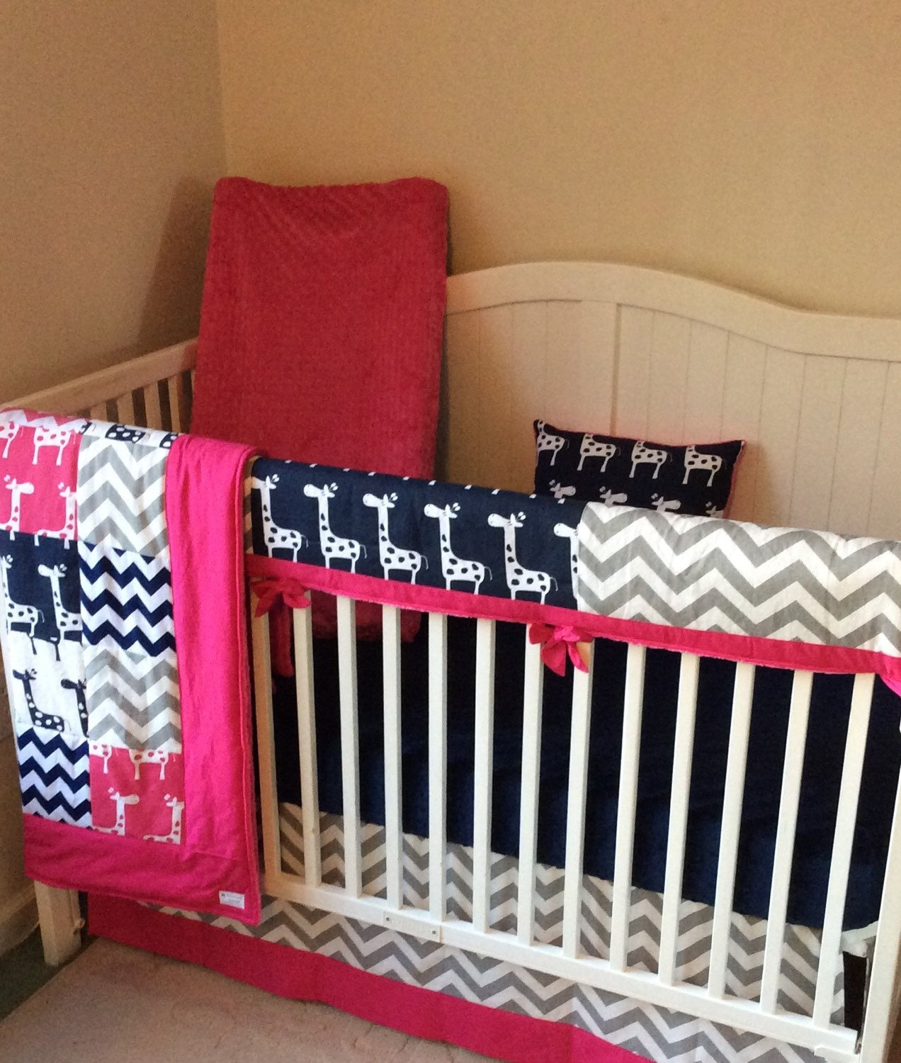 crib bedding set navy pink and gray giraffes bumperless. Black Bedroom Furniture Sets. Home Design Ideas