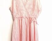 Vintage 1970s long pink sleeping nightgown
