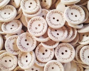 4 Natural unfinished wood button with handmade logo engraved (BB118AA)