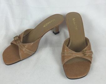 Vintage 90s brown sandals sz 5