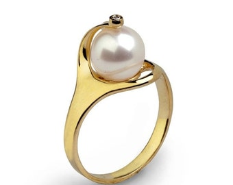 ON SALE - RA 14k Gold Pearl Ring,  Gold Pearl Engagement Ring, Diamond Pearl Ring, Pearl Diamond Engagement Ring, Pearl Diamond Ring