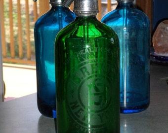 emerald green glass Siphon Seltzer soda Bottle Reiser Good Health Seltzer New York Czechoslovakia bottle