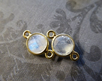 10% Less Sale - 1 5 10 pcs,, Gemstone Connectors Links, 7.5 mm Bezel MOONSTONE, 24k Gold Plated or Sterling Silver, GCL2.G gc wf