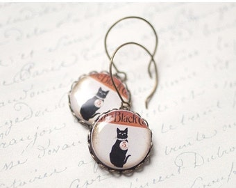 Black cat earrings  - Vintage style earrings - Gat lover gift - Small circle earrings - Halloween earrings (E067)