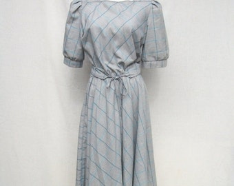 SALE 80s Cotton Day Dress size Small to Medium Full Skirt Dress Gray Teal Stripe