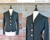 SALE fitted wool blazer / forest green wool jacket with epaulettes / size m