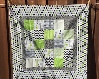 "MODERN GIRAFFE Quilt Top 46"" Square baby quilt"