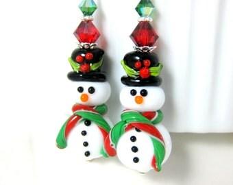 Black Top Hat Snowman Earrings, Christmas Dangle Earrings, Red Green White Glass Earrings, Winter Jewelry, Lampwork Earrings Holiday Jewelry