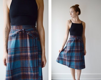 1970s Plaid Wrap Skirt - S