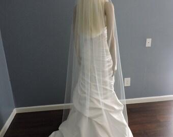 Floor Wedding Veil Single Tier Medium Fullness Classic and Elegant Cut Edge, Bridal Veil CE70X90