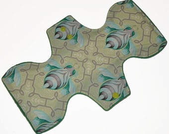 Heavy Hemp Core- Bumblebees Reusable Cloth Goddess Pad- WindPro Fleece 12.5 Inches (31.75 cm)