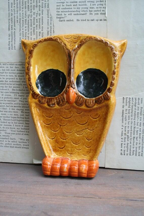 Vintage 1974 Owl Spoon Rest
