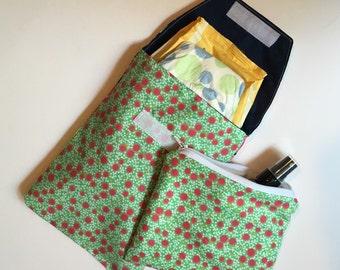 Summer florals Baby shower gift Essentials Set - Diaper Pouch/Wet bag