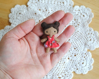 2 Inch Tall Tiny Felt Doll - Miniature Soft Sculpture Art Doll For Dollhouses or Collectable - Ready To Ship, Mini doll