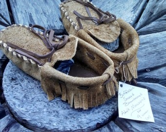 Smoked Braintanned Buffaloskin Adult Moccasins - Size 9 Women / 8 Men. Native American Moccasins, Deerskin shoes, Ceremonial Regalia