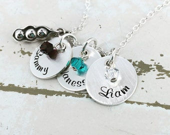 Personalized 3 Peas in the Pod Mothers Necklace - Personalized Necklace - Custom Jewelry - Mothers Jewelry - Three kids mom necklace
