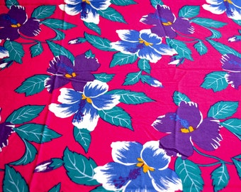 Vintage Fabric - Tropical Hibiscus Floral on Magenta - 44 x 42 Border Fabric