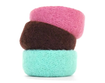 Felt Bowls Felted Set Of 3 Three Spring Home Decor Knitted Baskets Catch All Desk Organizer Ice Cream Colors Strawberry Chocolate Mint
