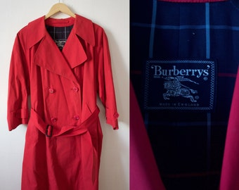 Vintage 80s Plus Size Red 3/4 Sleeve Burberry Trench