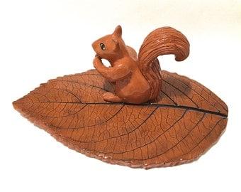 Leaf Dish, Squirrel and Leaf Dish, Autumn Centerpiece, Fall Decor